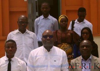 Alafé Wakili, DG de L'Intelligent d'Abidjan au centre. Photo: AfrikiPresse