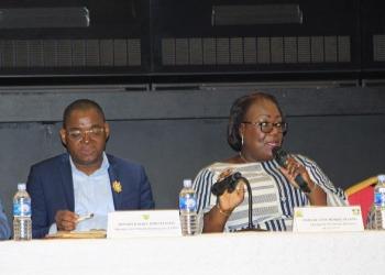 Réunion d'information concernant la visite du PM Gon Coulibaly dans le cavally et Guemon. photo : afrikipresse