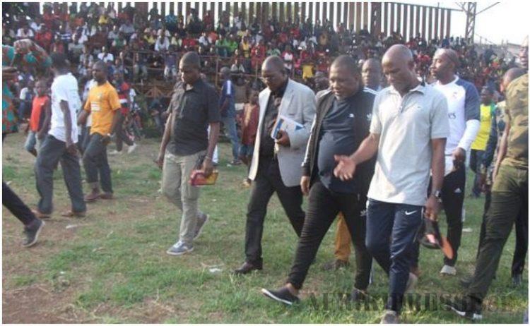 Le député de Man commune, Konaté Sidiki veut remettre le football à Man sur les rails, ici à la finale du tournoi de détection de talents le samedi 14 mars au stade Léon Robert de Man