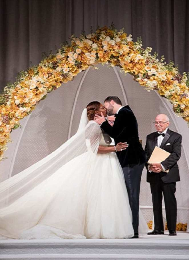 Experience the sumptuous wedding of Serena Williams and Alexis Ohanian (video)
