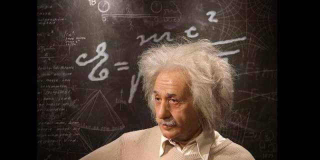 Monde: une lettre d'Albert Einstein vendue à 100000 dollars (photos)