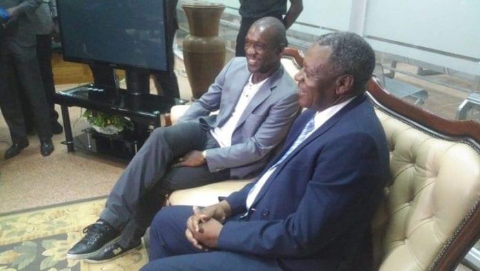Lions Indomptables: Le nouvel entraîneur Clarence Seedorf déjà à Yaoundé (photos)