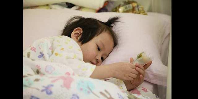 Chine: Un père «épouse» sa fille malade de 4 ans pour réaliser son dernier souhait (photos)