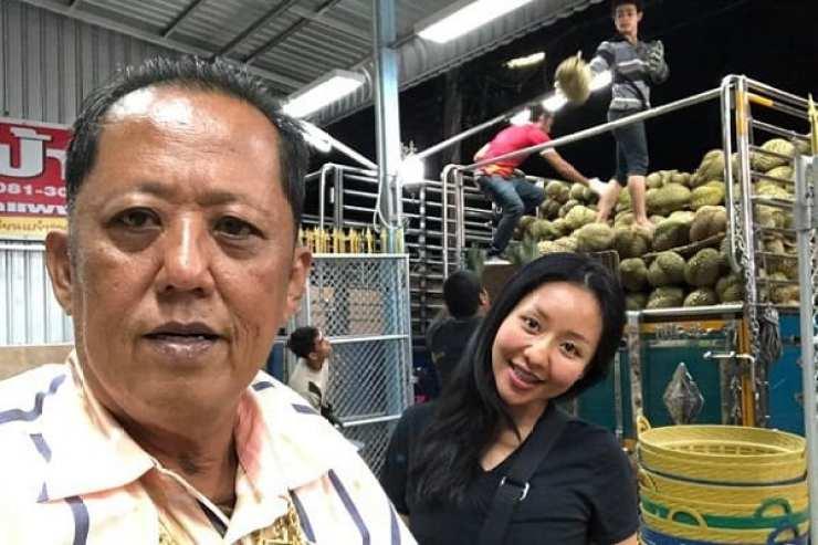 Thaïlande : Un millionnaire offre 290 000 euros à l'homme qui épousera sa fille (photos)