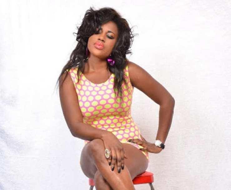 """Ghana: une actrice avoue payer une somme """"énorme"""" pour avoir la peau claire"""