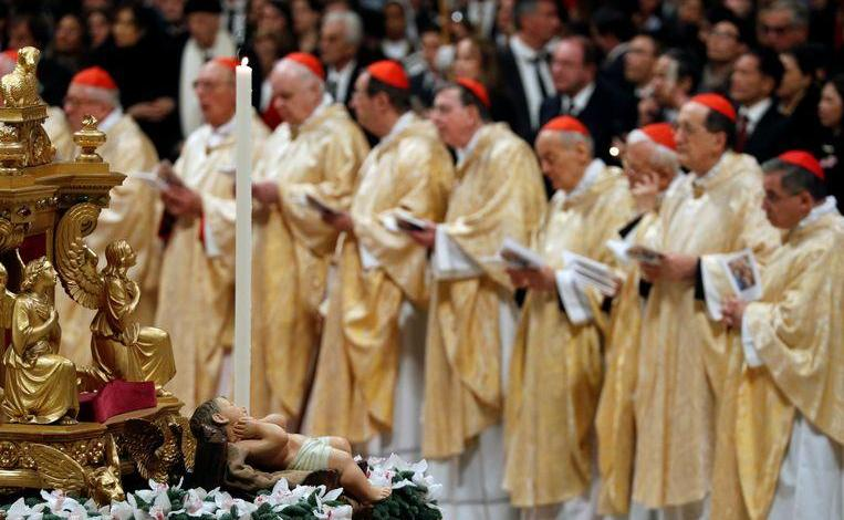 """Photo of """"80% of priests in the Vatican are homosexual,"""" says a new explosive book"""