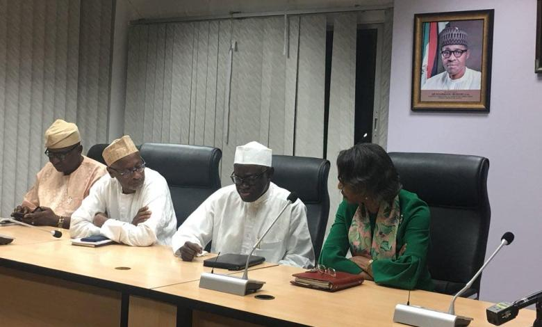 Photo of INEC, Buhari govt should be blamed for postponement of the general election – Atiku