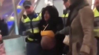 Photo of Sweden: pregnant woman roughly dragged out of the metro