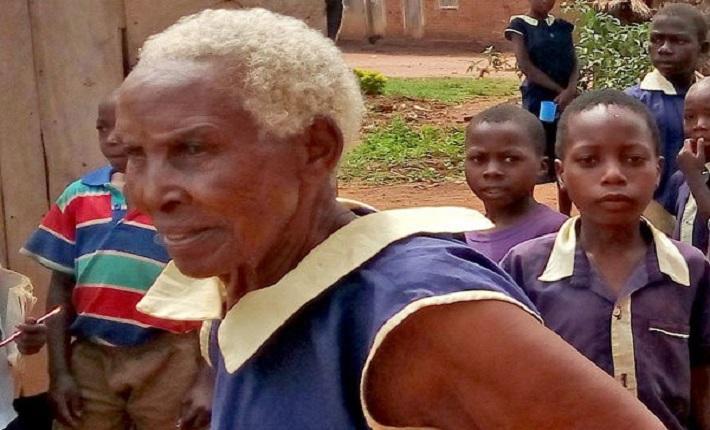 Photo of At 80 she enrolls in primary school in Uganda
