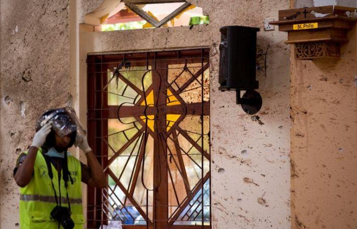 Security video shows Sri Lanka's suicide bomber with backpack
