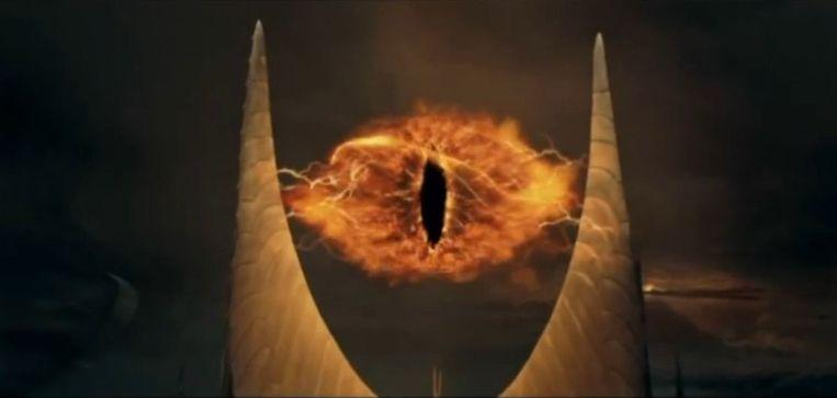 "Photo of ""black hole or the eye of Sauron?"": Jokes about black hole"