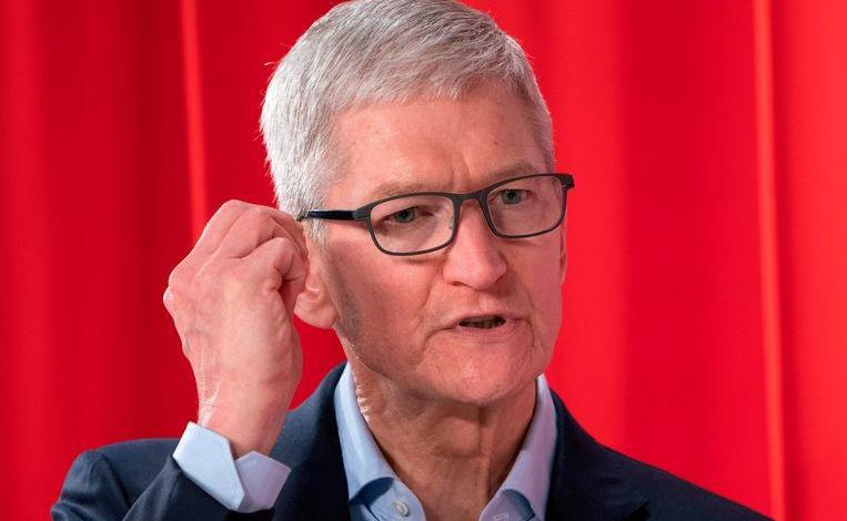 "Photo of Apple CEO Tim Cook: ""Digital privacy is in crisis"""