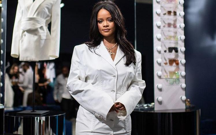 Photo of Why Rihanna forbade photographers and mobile phones at her latest fashion show
