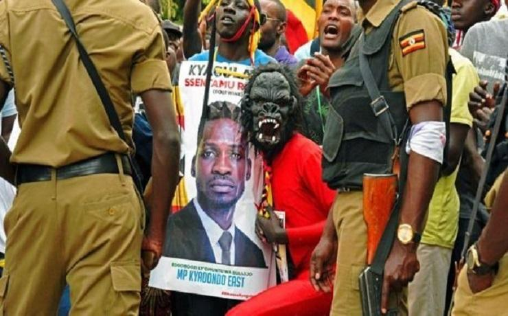 Photo of Ugandan star Bobi Wine charge for provoking president