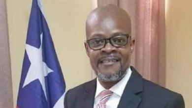 Photo of In Liberia, senator donates half of salary to his constituency