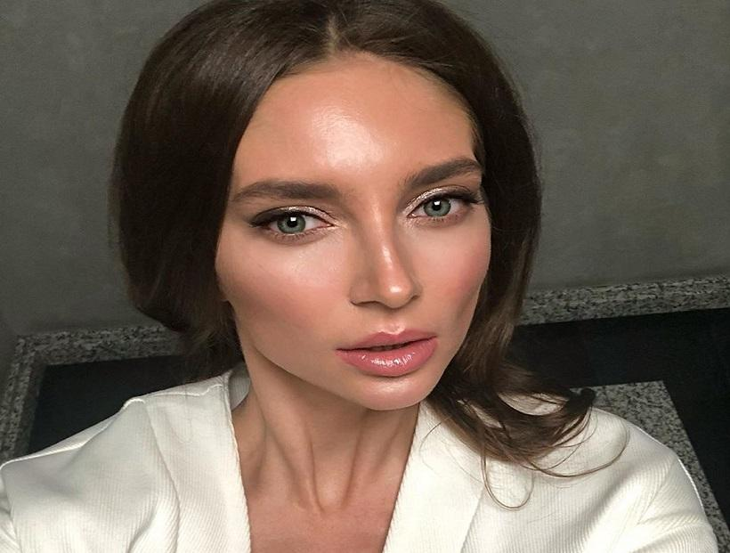 Fight between Russian influencer and the plastic surgeon who treated her