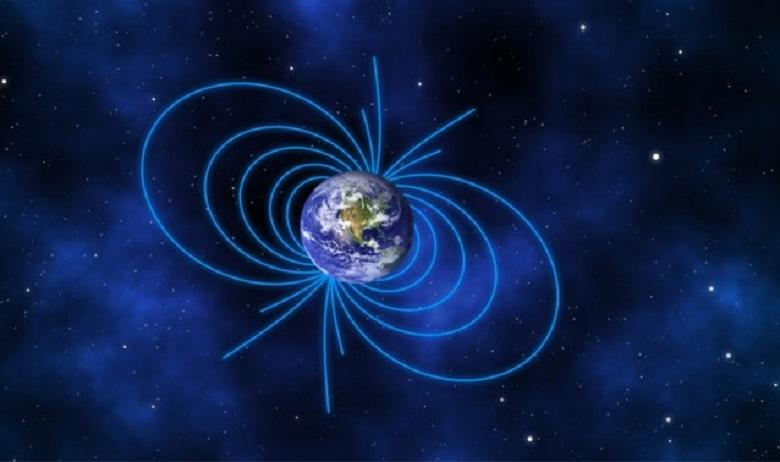 Photo of Magnetic north keeps shifting to Siberia: what if the two poles change places?