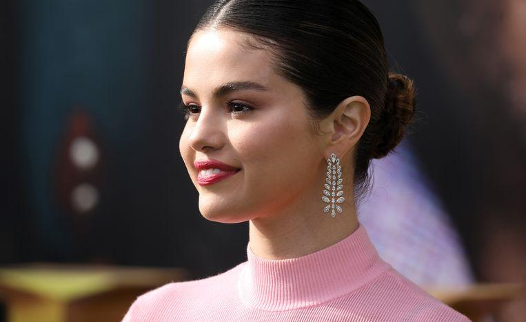 "Photo of Selena Gomez admits: ""I've never voted before"""