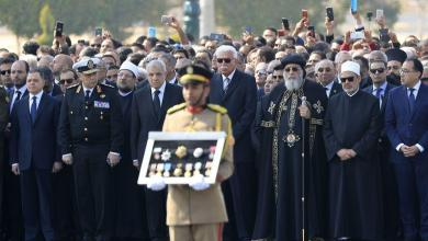 Photo of Egyptian ex-president Mubarak buried with military honor