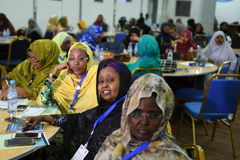 """our rights have been violated"": Somalian men fuss over the victory of women in Parliament"