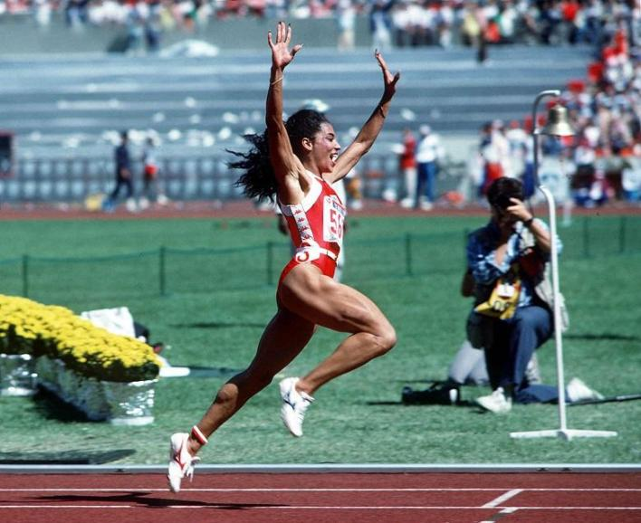 "(Suspicious) legacy of Griffith-Joyner: ""Impossible that a woman can run so fast"""
