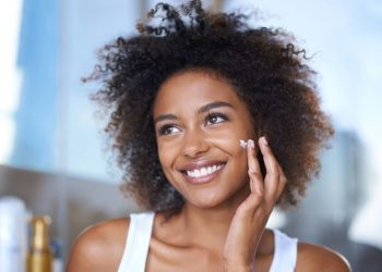 5 Natural Foods To Cure Dry Skin   Photo: Nivea