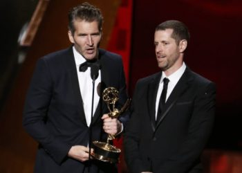 """David Benioff (L) and D.B. Weiss accept the award for Outstanding Writing For A Drama Series for HBO's """"Game of Thrones"""" at the 67th Primetime Emmy Awards in Los Angeles, California September 20, 2015. REUTERS/Lucy Nicholson"""