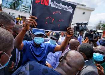 Governor Babajide Sanwo-Olu on Tuesday joined #EndSARS protesters in the State