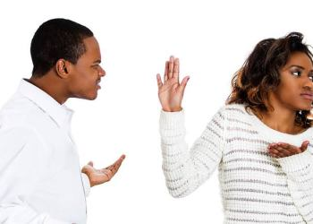 8 Things men do that really annoy women