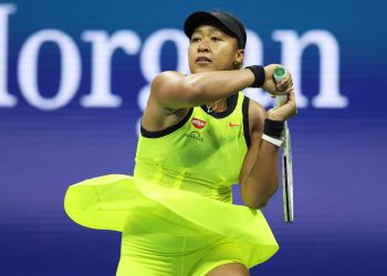NEW YORK, NEW YORK - SEPTEMBER 03: Naomi Osaka of Japan returns against Leylah Fernandez of Canada during her Women's Singles third round match on Day Five of the US Open at USTA Billie Jean King National Tennis Center on September 03, 2021 in New York City. (Photo by Elsa/Getty Images)