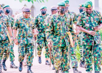 Chief of Army Staff, Lt.-Gen. Farouk Yahaya (right); Chief of Defence Staff, Gen. Lucky Irabor; Chief of Naval Staff, Vice Admiral Awwal Gambo and other military officers during their arrival for a security briefing with President Muhammadu Buhari at the State House in Abuja…yesterday.