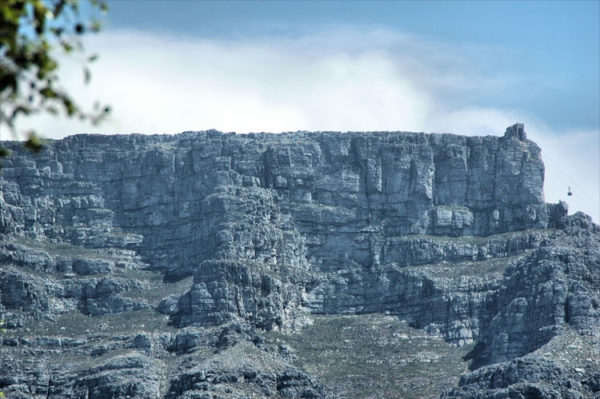Four hikers safely extracted from Table Mountain