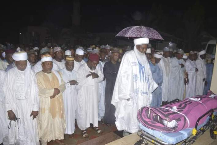 Former Sokoto Governor Wamakko's 23-Year-Old Daughter Dies During Childbirth, Laid To Rest (Photos)