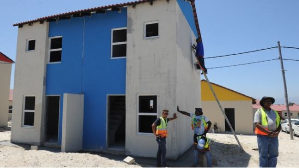 Cape Town residents given the opportunity to apply for extension of building plans
