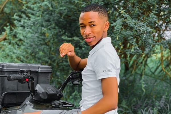 Lasizwe confuses fans with new girlfriend's photos