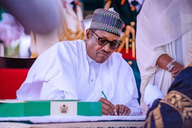 Lawmakers bar Buhari's Ministers, Aides from Budget Presentation