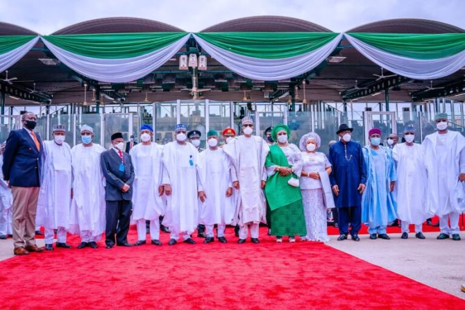 PHOTOS: Gowon, Jonathan join Buhari for Nigeria at 60 celebration as other past leaders shun