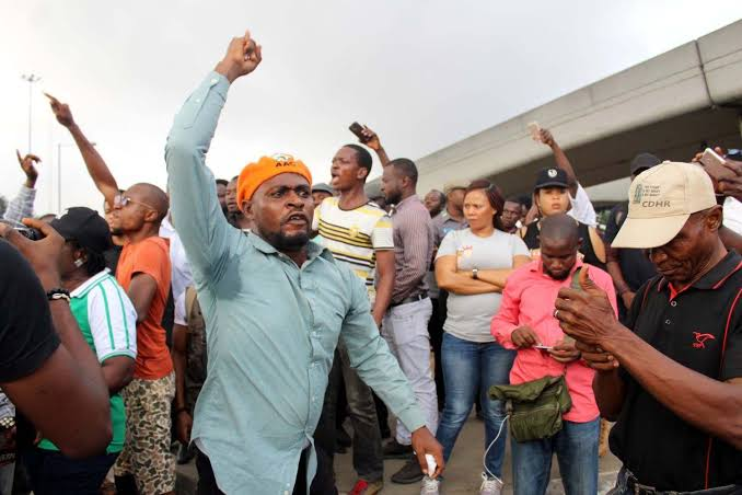 Police to charge 30 #RevolutionNow protesters to court on Friday