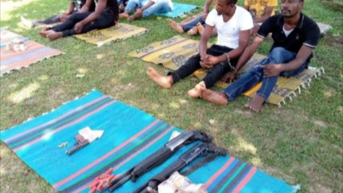 Nigerian Army arrests members of notorious criminal gang led by a varsity graduate