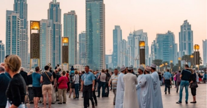 UAE relaxes law on alcohol consumption and fornication