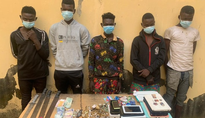 Police arrest five robbery suspects in Abuja