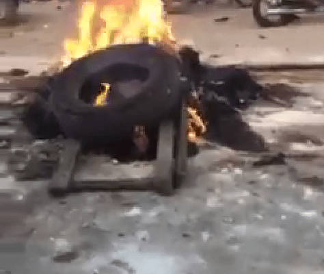 Mob Set Two Armed Robbers Ablaze For Raping Pregnant Woman