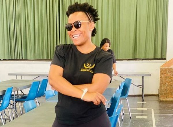 Zodwa Wabantu plays golf for the first time to promote her business