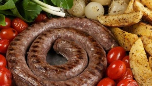Best recipe to make homemade South African boerewors rolls