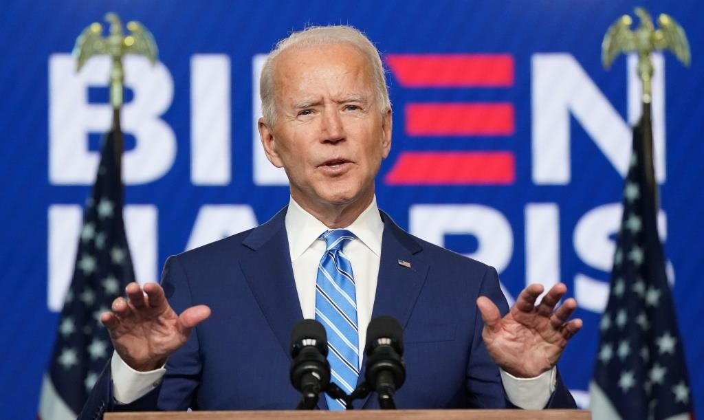 Biden reinstates COVID-19 travel restrictions on UK, South Africa, others