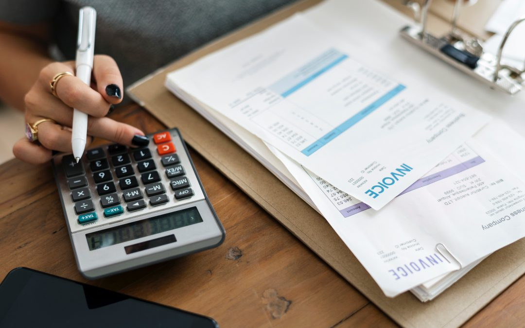 10 Ideas To Make Your Monthly Budgeting Smoother