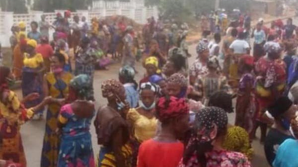 PHOTOS: Women protest, block major roads in Edo over herdsmen crisis