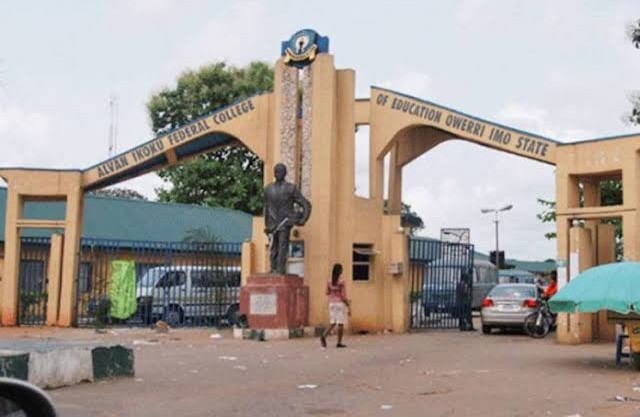 Imo: Lecturer slumps, dies in classroom