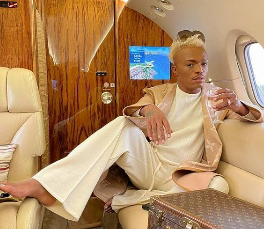 Photos: Somizi confuses enemies as he changes clothes in the plane