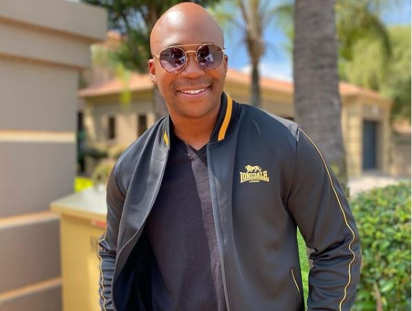 NaakMusiQ parties with friends as he turns 32-year-old